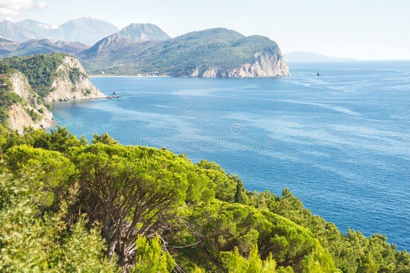 Schöne Küstenansicht, adriatisches Meer, Montenegro stockbilder
