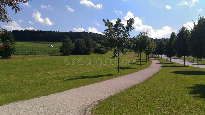 Schöne Landschaft einer deutschen Grünfläche stockfotos