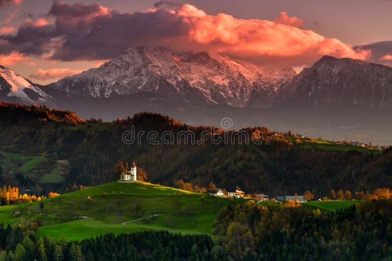 Schöne Landschaft Sloweniens, Natur und Herbstszene lizenzfreies stockbild