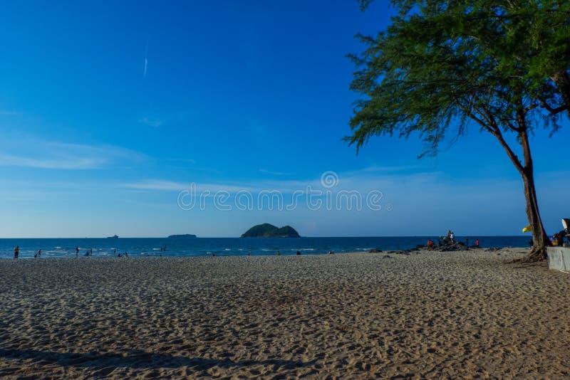 Schöne Landschaft von Samila-Strand in Thailand lizenzfreies stockbild