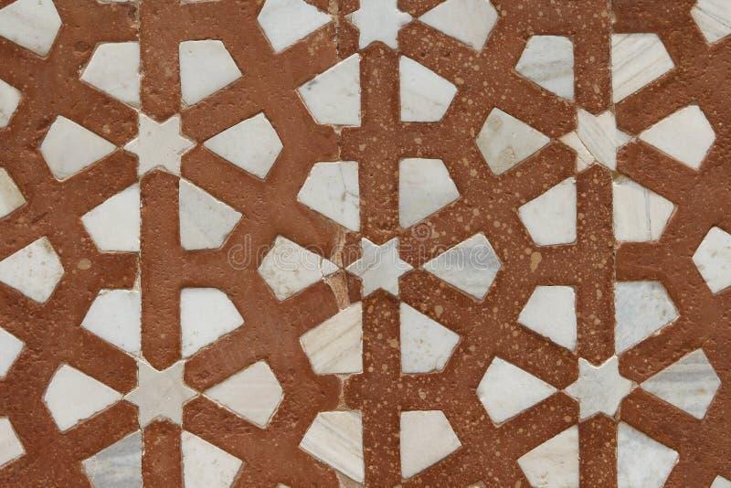 Schöne Marmorcarvings. Akbars Grab, Indien stockbild