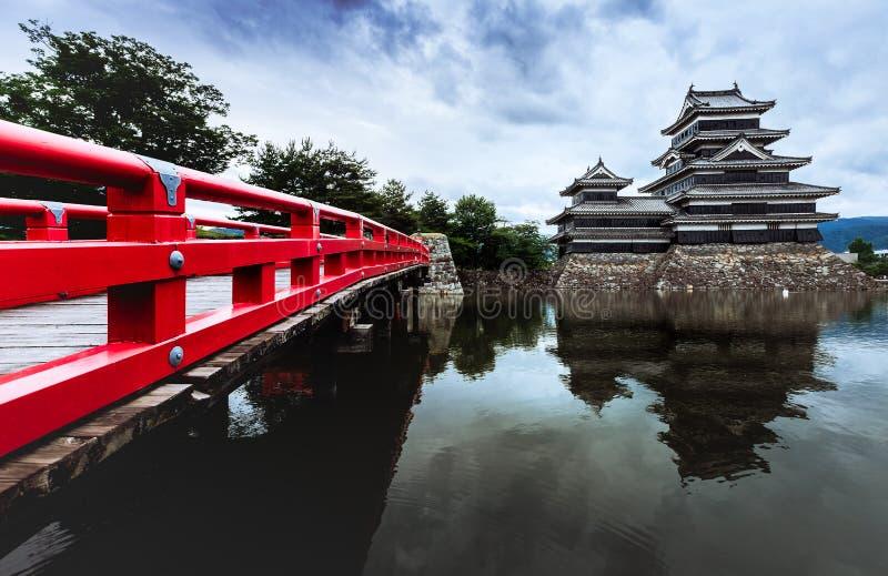 Schöne mittelalterliche Matsumoto-Schlosses von Samurais altern im Ost-Honshu, Nagano, Japan lizenzfreies stockfoto