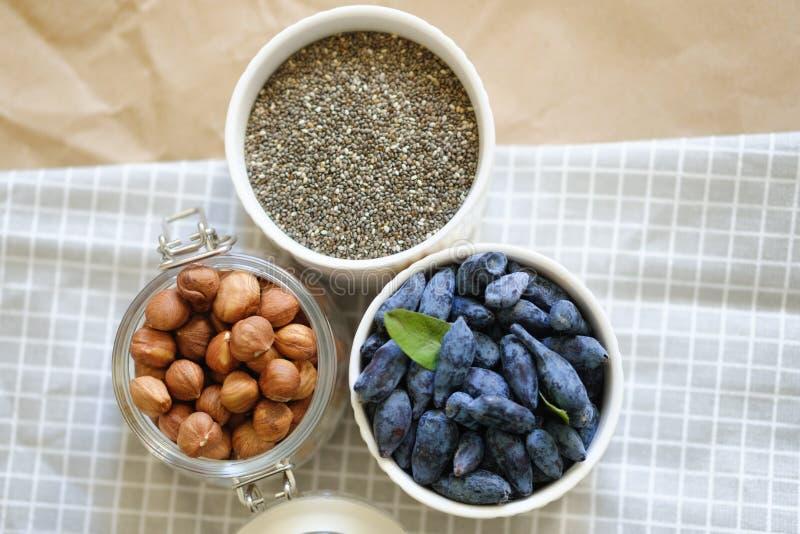 Schöne Nahrungsmittelphotographie in der skandinavischen Art lizenzfreies stockfoto