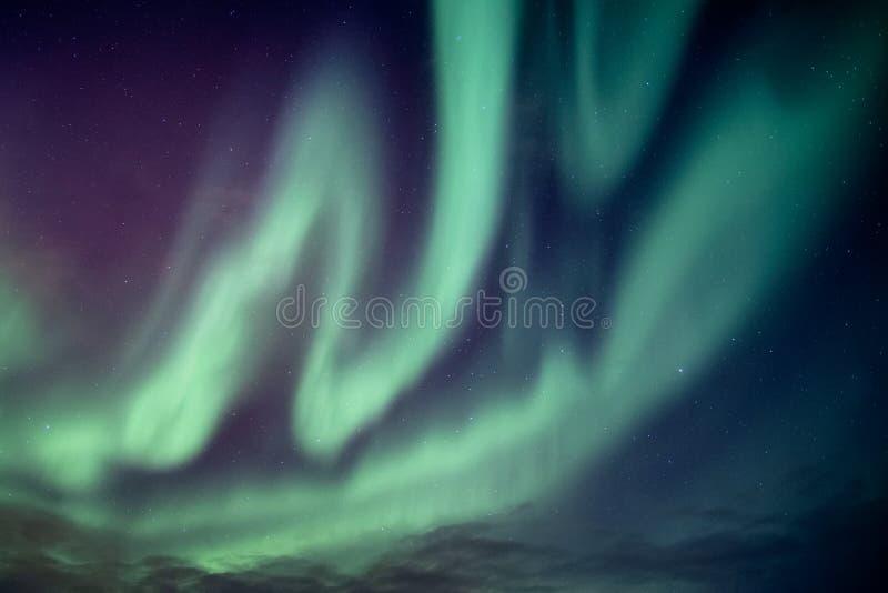 Sch?ne Nordlichter oder aurora borealis-Explosion stockfotografie