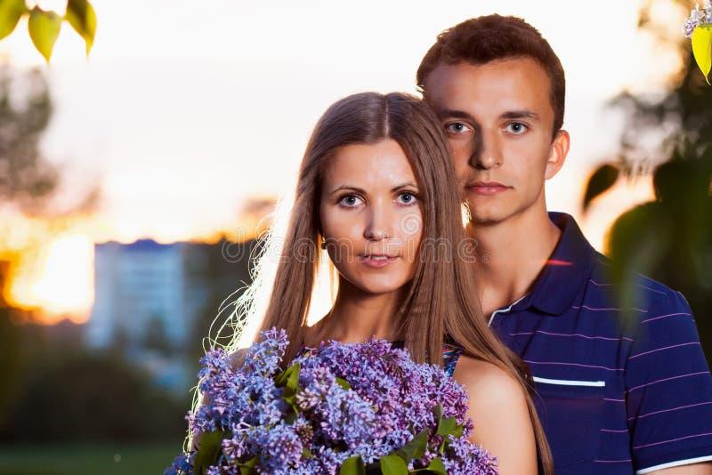 Schöne Paare in der Liebe lizenzfreies stockbild