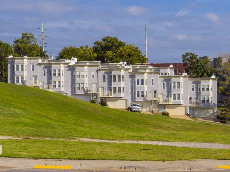Schöne Riverview-Nachbarschaft in Tulsa - TULSA - OKLAHOMA - 17. Oktober 2017 lizenzfreie stockbilder
