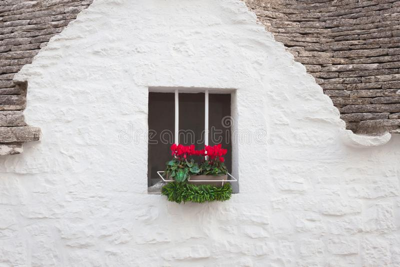 Dunkles Fenster Archivbilder Abgabe Des Download 825 Geben