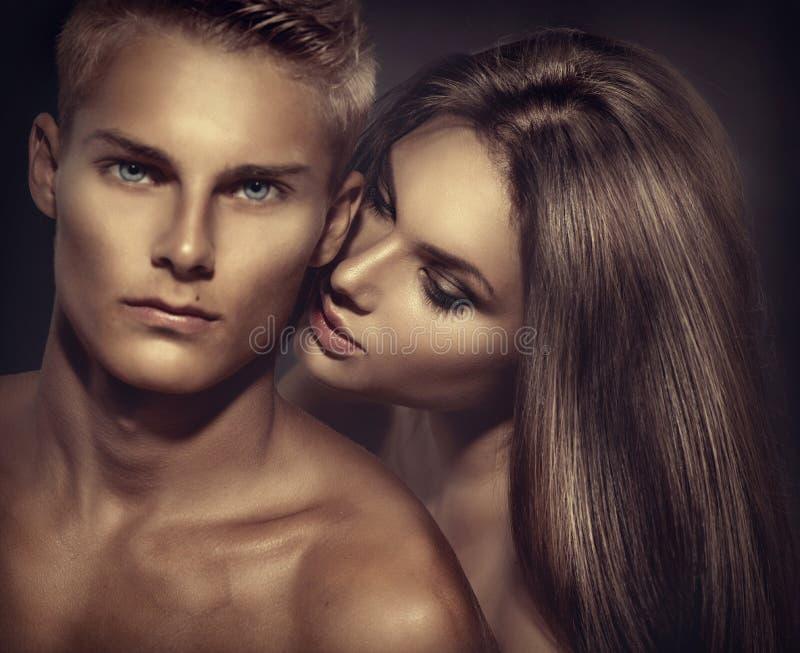 Schöne sexy Paare stockfoto