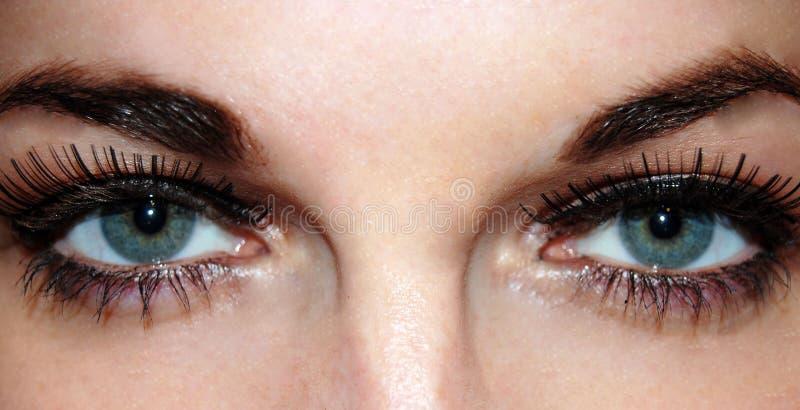 Schöne starke Augen stockfoto