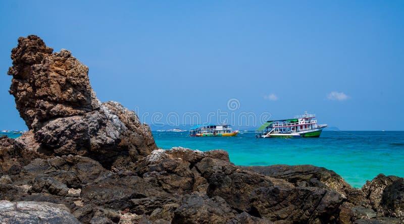 Schöne Szene von larn Thailand KOH Strand Ta Yai lizenzfreie stockfotos