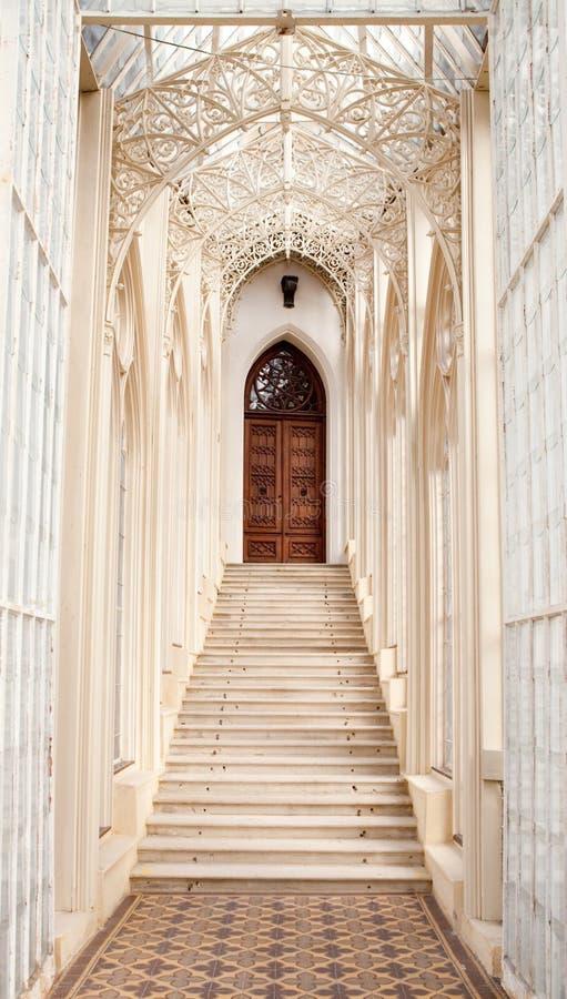 Schöne Treppen schöne treppen stockfoto bild villa fußboden tür 14476126