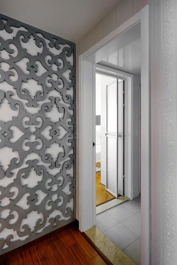 Schöne und bequeme Räume verziert lizenzfreie stockfotos