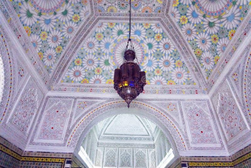 Schöne verzierte Decke in Bardo-Museum, Tunis, Tunesien lizenzfreie stockfotografie
