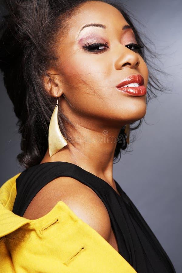 Download Schöner African-American Girl.3. Stockfoto - Bild von braun, zauber: 9088648