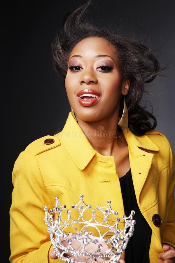 Download Schöner African-American Girl.3. Stockfoto - Bild von gesicht, hintergrund: 9088780