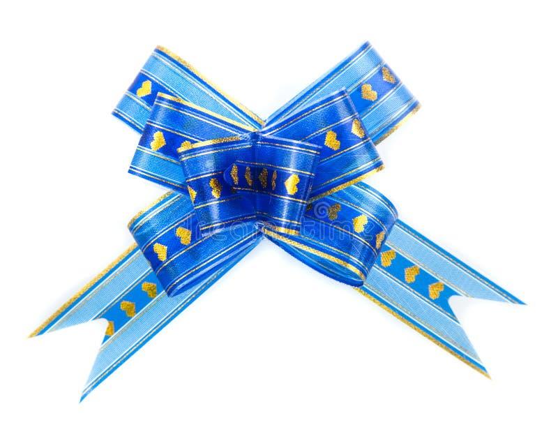 Schöner Bogen des blauen Bandes auf weißem Hintergrund lizenzfreies stockfoto