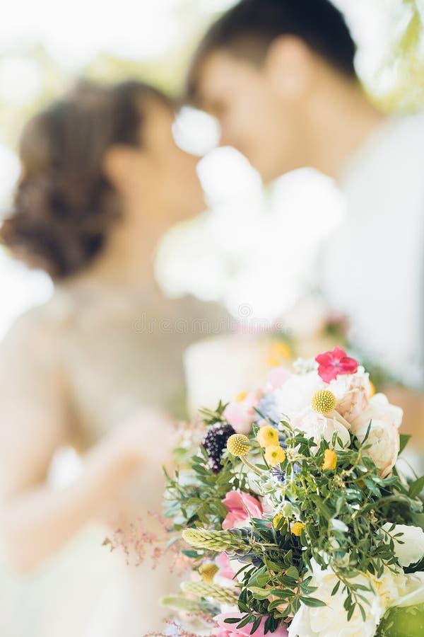 Schöner Brautblumenstrauß der Pfingstrose Fotografie der schönen Kunst stockbild