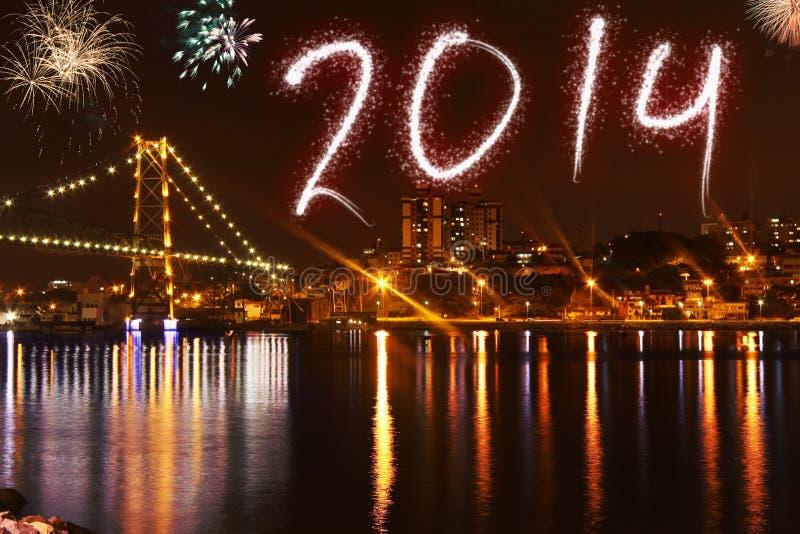 Schöner bunter Hintergrund für neue Jahre mit Feuerwerken lizenzfreie stockbilder