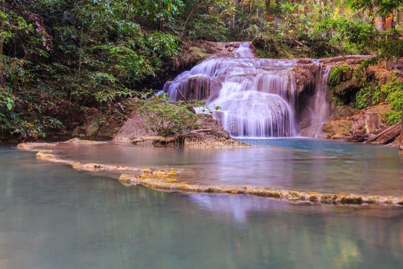 Schöner Erawan-Wasserfall, Kanchanaburi, Thailand stockbild