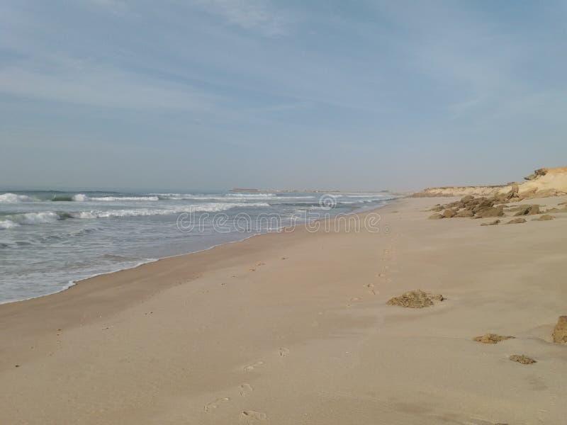 Schöner exotischer Strand lizenzfreie stockbilder