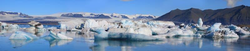 Schöner Glazial- See Jokulsarlon in Island lizenzfreies stockbild