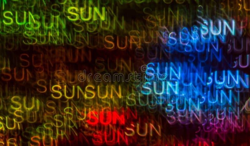 Schöner Hintergrund mit unterschiedlicher farbiger Wortsonne, abstraktes b stockbild