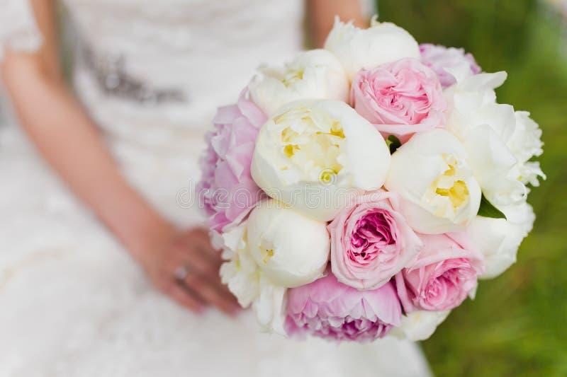 Schöner Hochzeitsblumenstrauß lizenzfreies stockbild