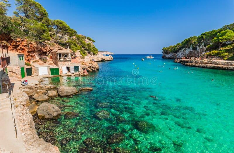 Schöner Küstenstrand auf Majorca-Insel, Spanien stockbild