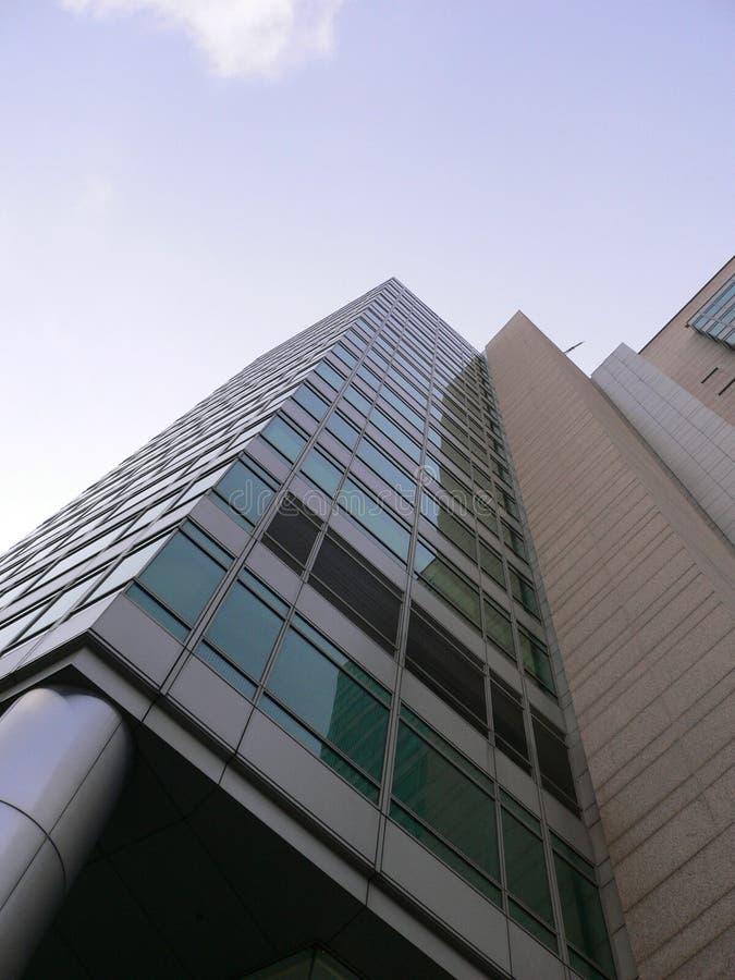 Schöner moderner Wolkenkratzer stockfoto
