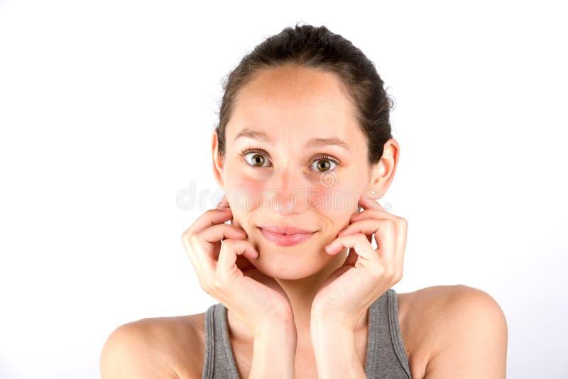 Schöner ona-Weißhintergrund Porträt der jungen Frau lizenzfreie stockbilder