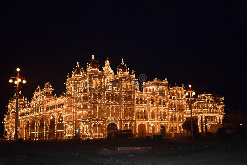 Schöner Palast Mysores stockfotos