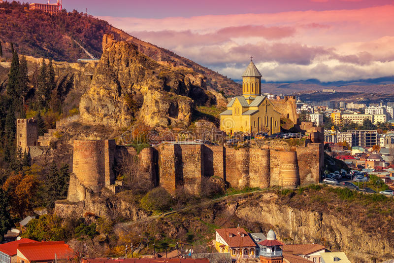 Schöner Panoramablick von Tiflis lizenzfreies stockbild