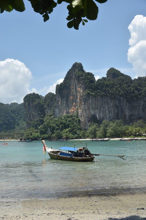 Schöner Railay-Strand in Krabi, Süd-Thailand stockbilder