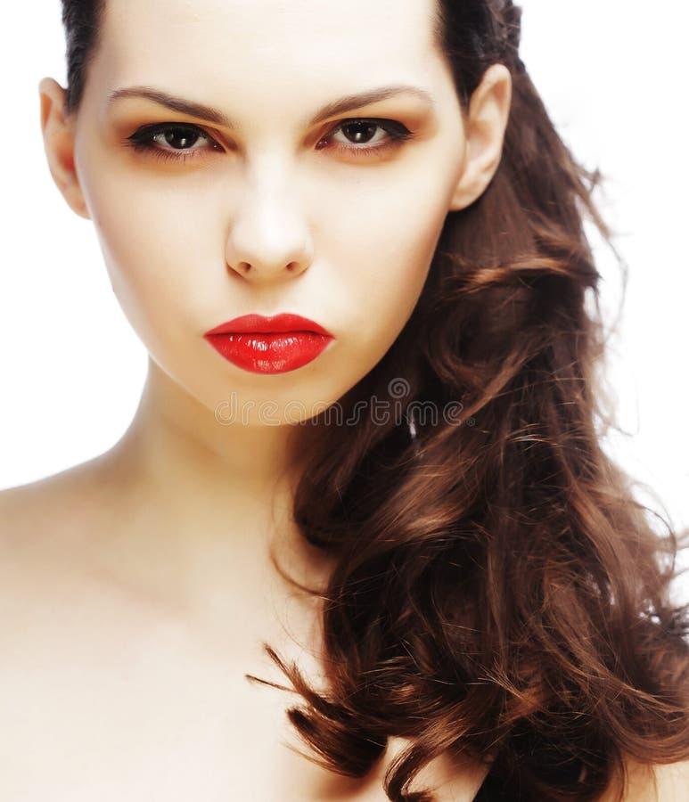 Schöner sexy Brunette mit den roten Lippen lizenzfreies stockfoto