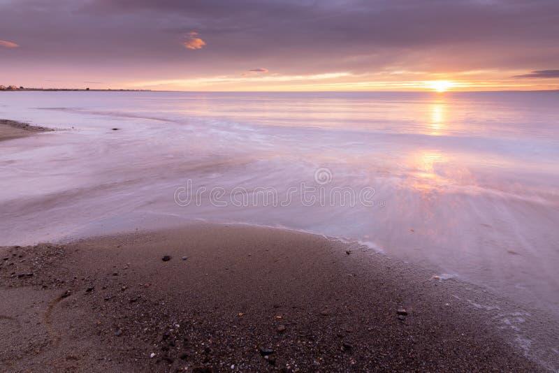 Schöner Sonnenaufgang der Straße von Magellan stockbild
