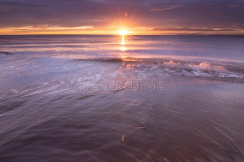 Schöner Sonnenaufgang der Straße von Magellan stockbilder