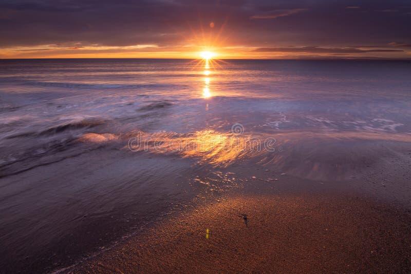 Schöner Sonnenaufgang der Straße von Magellan stockfoto