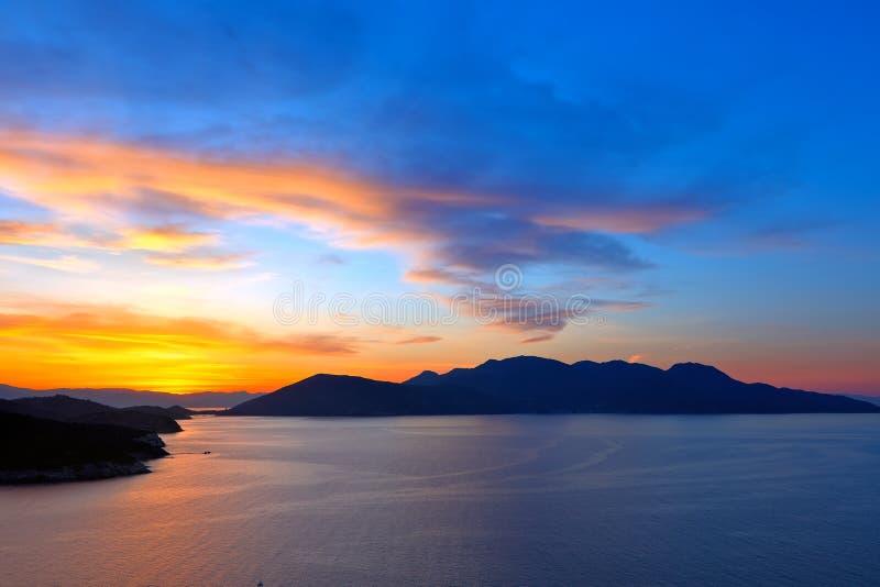 Schöner Sonnenuntergang über Ägäischem Meer lizenzfreies stockfoto