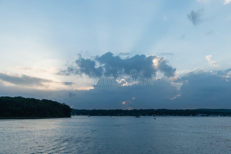 Schöner Sonnenuntergang über dem Connecticut River Delta stockfoto