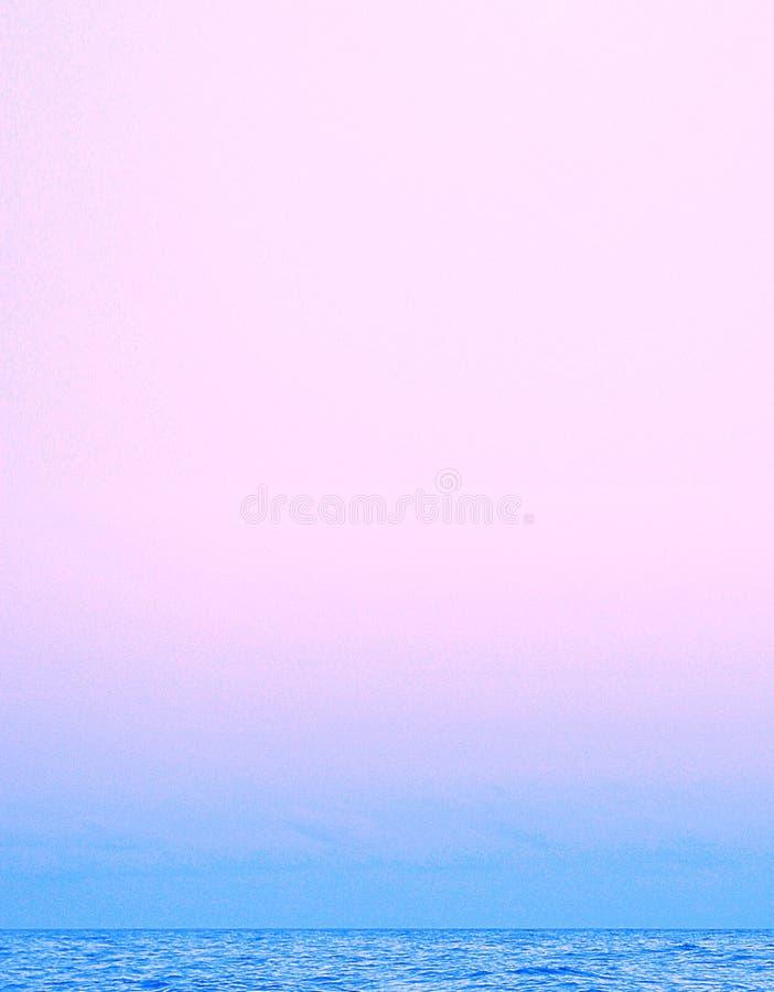 Schöner Sonnenuntergang des Traums stockfotos