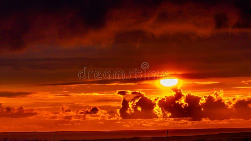 Schöner Sonnenuntergang im Dorf von Doolin in der Grafschaft Clare stockfoto