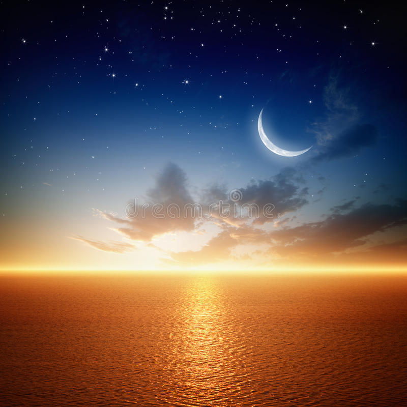 Schöner Sonnenuntergang mit Mond stock abbildung