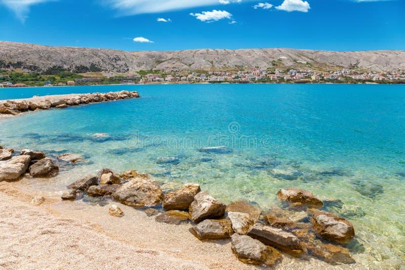 Schöner Strand auf kroatischem Insel PAG lizenzfreie stockbilder