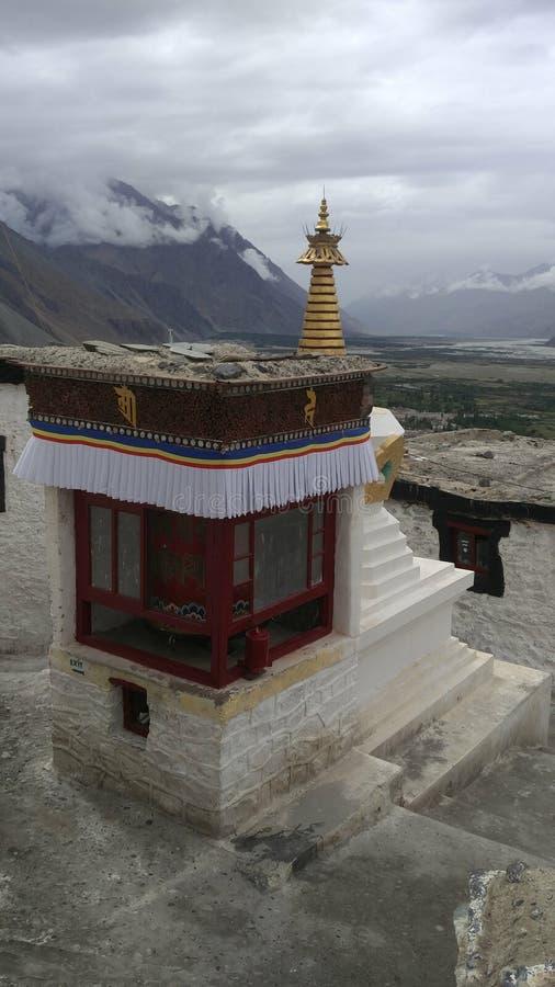 Schöner Tempel beim Reisen am leh in Indien lizenzfreie stockbilder