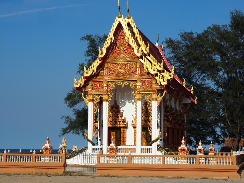 Schöner Tempel gebadet im Nachmittagslicht lizenzfreies stockfoto