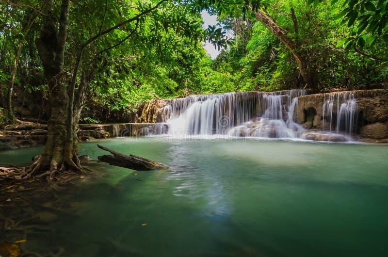 Schöner Wasserfall in Huay-mae kamin Nationalpark, Kanchanabur stockfoto