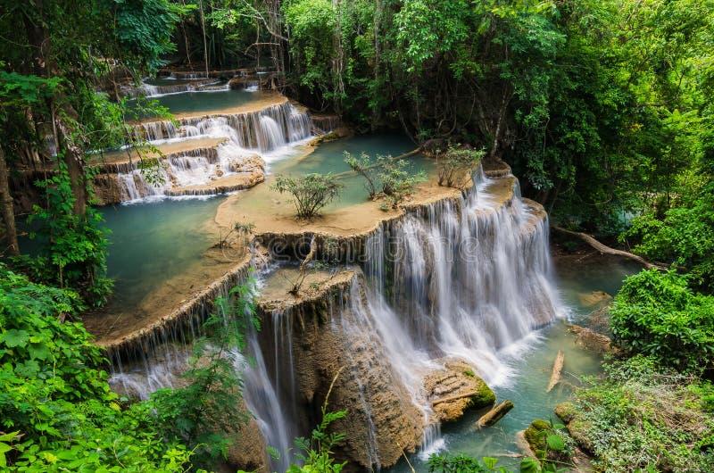 Schöner Wasserfall in Huay-mae kamin Nationalpark, Kanchanabur lizenzfreie stockbilder