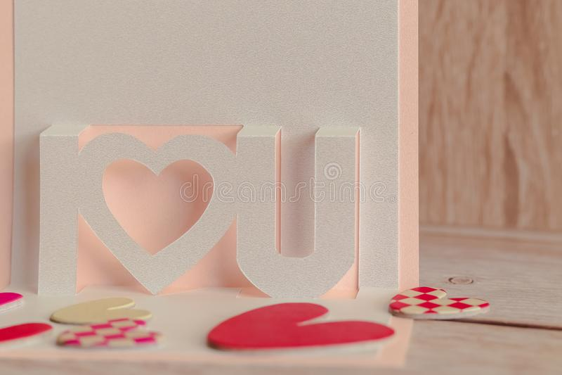 Schöner weißer Perlenkartenrahmen Einfach und minimalistisch geliebter Stil Bildkopierplatz Konzeptuelles Bild für stockfoto