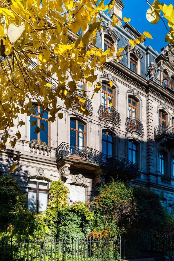 Schönes altes teures Haus in der Mitte von Straßburg, Stadtbild, Frankreich stockbild