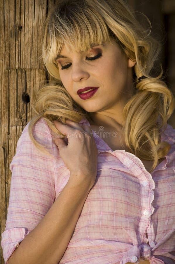 Schönes blondes Baumuster stockbilder